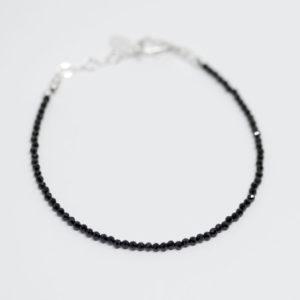 Bracelet mini spinelles noires